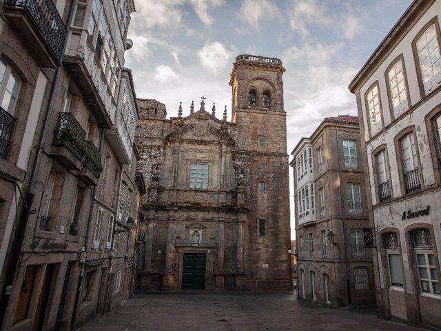 Iglesia y Convento San Augustin en Santiago de Compostela