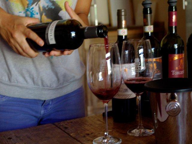 Probando vinos en Chianti