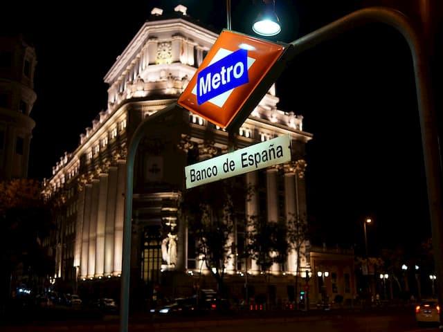 Terminamos el día en Madrid con una copa y paseo nocturno