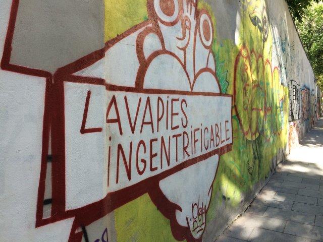 Lavapies will not be gentrified Mural near Esta es una Plaza