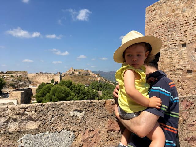 Pedro y Paula en el Castillo de Sagunto