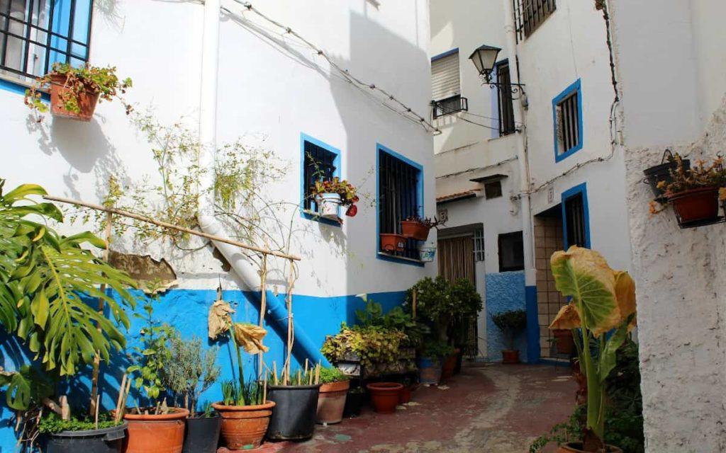 Los callejones de Benacacira son algo que ver en Chelva sin duda