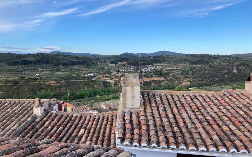 Vistas desde la azotea de la Casa Tauré en Chelva